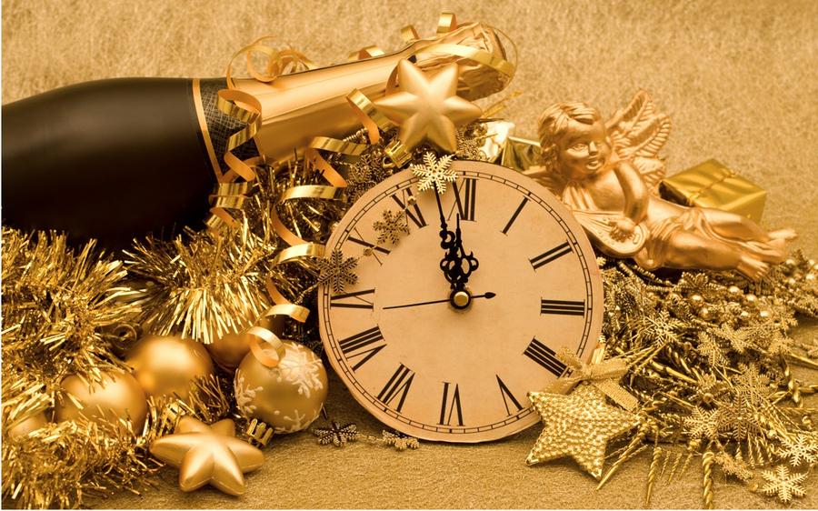 Что подарить жене на Новый год 2017?