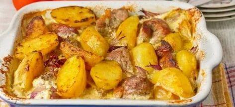 Запеченный картофель со свининой